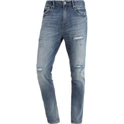Superdry TYLER Jeansy Slim Fit vicious blue rip. Niebieskie jeansy męskie relaxed fit Superdry, z bawełny. Za 359,00 zł.