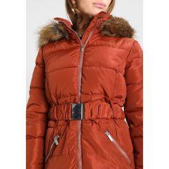 Kurtki i płaszcze damskie: New Look Petite FAITH PADDED BELTED Kurtka zimowa chestnut