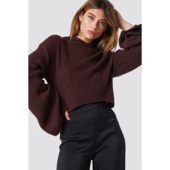 Swetry klasyczne damskie: XLE the Label Krótki sweter z kapturem Hannah - Red