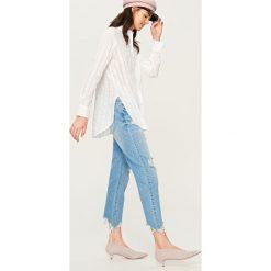 Koszule wiązane damskie: Koszula w ażurowe paski – Biały