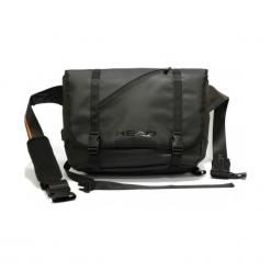 """Head messenger H50113101 15"""" z portem USB czarna. Czarne torby na laptopa marki Head. Za 449,00 zł."""