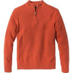 Sweter ze stójką Regular Fit bonprix ciemnopomarańczowy. Brązowe golfy męskie marki bonprix, l, z dzianiny. Za 49,99 zł.