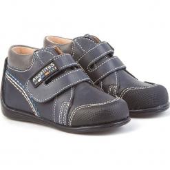 Skórzane sneakersy w kolorze granatowym. Niebieskie trampki chłopięce Angelitos. W wyprzedaży za 179,95 zł.