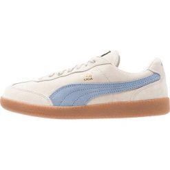 Puma LIGA ZLD Tenisówki i Trampki birch/quarry/gold. Białe tenisówki męskie Puma, z materiału. W wyprzedaży za 233,35 zł.