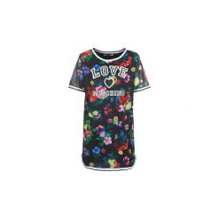 Sukienki krótkie Love Moschino  W5A0302. Sukienki małe czarne marki Love Moschino, z krótkim rękawem. Za 1039,20 zł.
