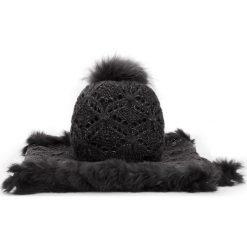 Komplet czapka + komin 87-SF-002-1. Czarne czapki zimowe damskie marki Wittchen, na zimę, z dzianiny. Za 159,00 zł.