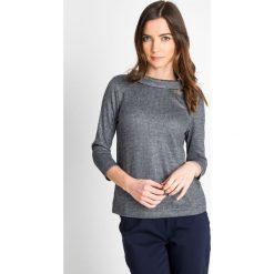 Bluzki damskie: Elegancka bluzka z wywiniętym kołnierzem QUIOSQUE