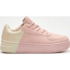 54441fa5d57e0e Wyprzedaż - buty damskie ze sklepu Cropp - Zniżki do 40%! - Kolekcja ...
