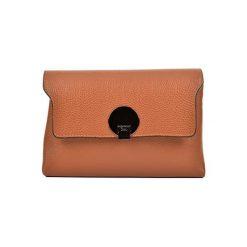 Torebka w kolorze koniaku - (S)23,5 x (W)16,5 x (G)8,5 cm. Brązowe torebki klasyczne damskie Bestsellers bags, w paski, z materiału. W wyprzedaży za 239,95 zł.