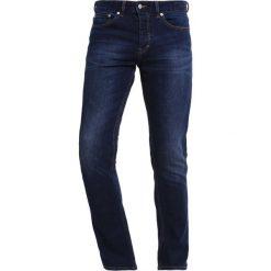 Topman Jeansy Slim Fit dark blue. Niebieskie rurki męskie Topman. W wyprzedaży za 135,20 zł.