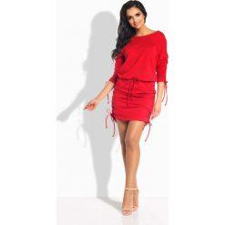 Czerwona Sukienka z Wiązanymi Ściągaczami. Szare sukienki dresowe marki bonprix, melanż, z kapturem, z długim rękawem, maxi. Za 93,90 zł.