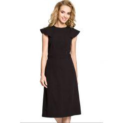 Sukienka rozkloszowana z falbanami moe311. Czarne sukienki na komunię Moe, s, z jeansu, dopasowane. W wyprzedaży za 99,00 zł.