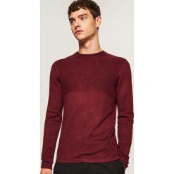 Sweter ze ściągaczową górą - Bordowy. Czerwone swetry klasyczne męskie marki Reserved, l. W wyprzedaży za 59,99 zł.