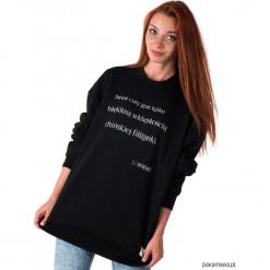 Bluza unisex z cytatem, Witkacy, Filiżanka. Czarne bluzy męskie rozpinane marki Pakamera, m, z kapturem. Za 139,00 zł.