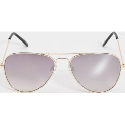 Okulary przeciwsłoneczne awiatorki - Beżowy. Brązowe okulary przeciwsłoneczne damskie aviatory Sinsay. Za 19,99 zł.