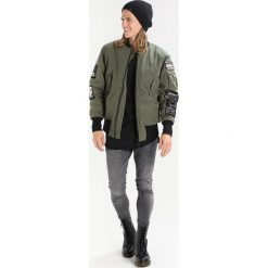 Kurtki męskie bomber: Tiger of Sweden Jeans SOB Kurtka Bomber dark khaki green
