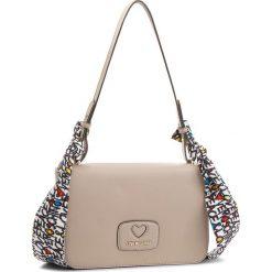 Torebka LOVE MOSCHINO - JC4253PP05KF0108 Tortora. Brązowe torebki klasyczne damskie marki Love Moschino, ze skóry ekologicznej, duże, bez dodatków. W wyprzedaży za 449,00 zł.