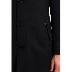 Bugatti Płaszcz wełniany /Płaszcz klasyczny black. Czarne płaszcze wełniane męskie marki Bugatti, m, klasyczne. W wyprzedaży za 909,30 zł.