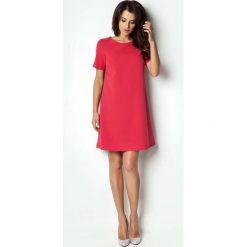 Czerwona Sukienka Trapezowa z Krótkim Rękawem. Czarne sukienki balowe marki bonprix, do pracy, w paski, moda ciążowa. Za 99,90 zł.