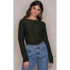 Rut&Circle Sweter Adelita - Green. Zielone swetry klasyczne męskie marki Emilie Briting x NA-KD, l. W wyprzedaży za 33,29 zł.