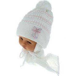 Czapka dziecięca z szalikiem CZ+S 042 różowo-biała r. 46-48. Białe czapeczki niemowlęce marki Proman. Za 52,11 zł.