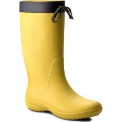 Kalosze CROCS - Freesail Rain Boot 203541 Lemon. Różowe buty zimowe damskie marki Crocs, z materiału. W wyprzedaży za 169,00 zł.
