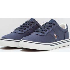 Polo Ralph Lauren HANFORD Tenisówki i Trampki navy. Czerwone buty sportowe chłopięce marki Polo Ralph Lauren. Za 359,00 zł.