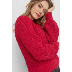 Sweter z widocznym splotem. Czarne swetry klasyczne damskie marki Orsay, xs, z bawełny, z dekoltem na plecach. W wyprzedaży za 80,00 zł.
