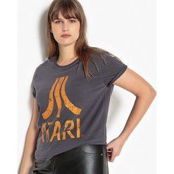 Bluzki asymetryczne: Koszulka z okrągłym wycięciem szyi i krótkim rękawem