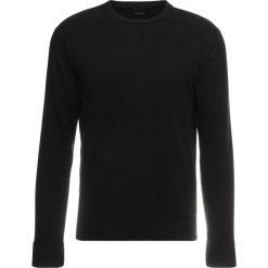 Armani Exchange Sweter black. Czarne swetry klasyczne męskie marki Armani Exchange, l, z materiału, z kapturem. Za 399,00 zł.