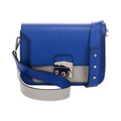 Torebki klasyczne damskie: Skórzana torebka w kolorze niebieskim – (S)23 x (W)15 x (G)8 cm