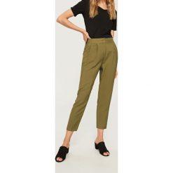 Spodnie z wysokim stanem: Spodnie z wysokim stanem – Khaki