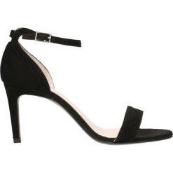 Sandały OLIVIA. Czarne sandały damskie Gino Rossi, w paski, ze skóry, na wysokim obcasie, na szpilce. Za 299,90 zł.