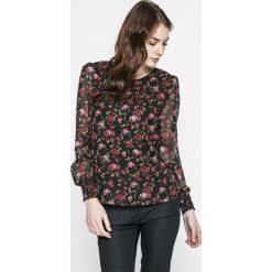 Vero Moda - Bluzka Rose. Czerwone bluzki z odkrytymi ramionami Vero Moda, m, z materiału, casualowe, z okrągłym kołnierzem. W wyprzedaży za 69,90 zł.