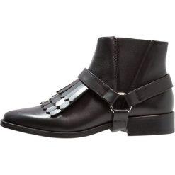 Royal RepubliQ PRIME FRINGE Ankle boot black. Czarne botki damskie skórzane marki Royal RepubliQ. Za 839,00 zł.