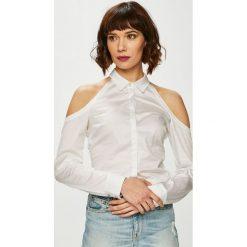 Guess Jeans - Bluzka Piera. Szare bluzki z odkrytymi ramionami Guess Jeans, l, z aplikacjami, z bawełny, casualowe. Za 319,90 zł.
