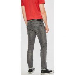 Blend - Jeansy Twister. Szare jeansy męskie slim Blend. W wyprzedaży za 139,90 zł.