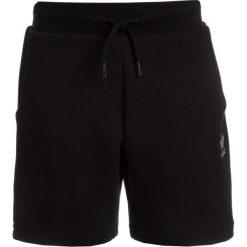 Adidas Originals SET  Spodnie treningowe white/black. Czerwone spodnie chłopięce marki adidas Originals, z bawełny. Za 169,00 zł.