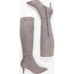 New Look CATRIN Kozaki mid grey. Czarne buty zimowe damskie marki New Look, z materiału, na obcasie. W wyprzedaży za 137,40 zł.