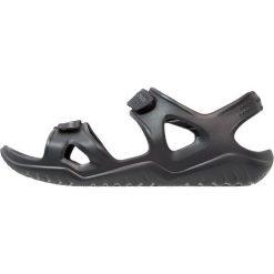 Crocs SWIFTWATER RIVER  Sandały kąpielowe black. Czarne kąpielówki męskie marki Crocs, m, z gumy. Za 169,00 zł.