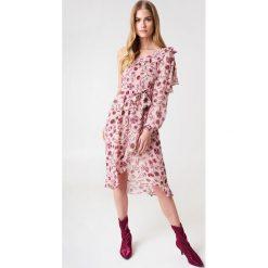 Sukienki: For Love & Lemons Sukienka z odkrytym ramieniem Agnes – Pink