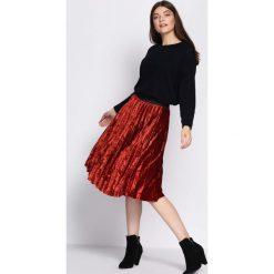 Czerwona Spódnica Finding. Czerwone spódniczki Born2be, uniwersalny, midi. Za 79,99 zł.