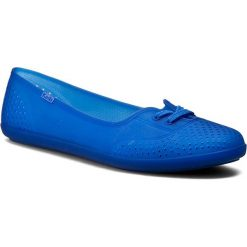 Półbuty KEDS - Teacup WF54789 Jelly Blue. Niebieskie półbuty damskie Keds, z tworzywa sztucznego, na płaskiej podeszwie. W wyprzedaży za 149,00 zł.