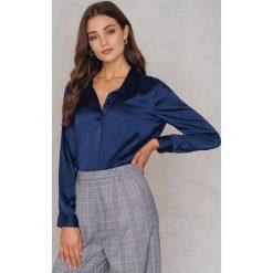 Koszule wiązane damskie: Rut&Circle Satynowa koszula Rebecka – Blue,Navy