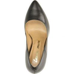 CZÓŁENKA LAURA MESSI 836. Szare buty ślubne damskie Casu, na koturnie. Za 189,99 zł.