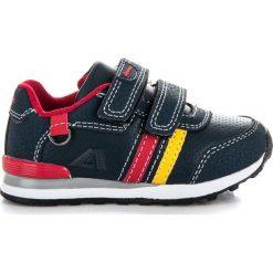 Granatowe buciki sportowe. Niebieskie buciki niemowlęce American CLUB. Za 89,90 zł.