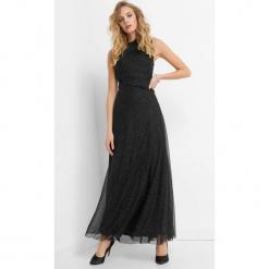 Błyszcząca sukienka maxi. Czarne długie sukienki Orsay, na imprezę, w jednolite wzory, z dzianiny, eleganckie, ze stójką, dopasowane. Za 199,99 zł.