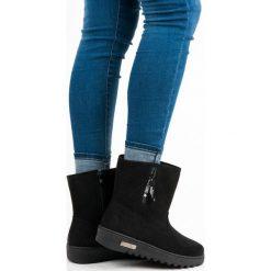 Śniegowce zapinane na suwak MICHAELA. Czarne buty zimowe damskie SUPER ME. Za 89,90 zł.
