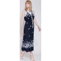 Długie sukienki: Granatowa Sukienka I'm Going Out
