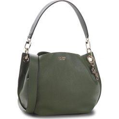 Torebka GUESS - HWVG68 53030 OLV. Niebieskie torebki klasyczne damskie marki Guess, z materiału. Za 649,00 zł.